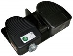 DF-Series Dual Pedal Foot Switch (back view)